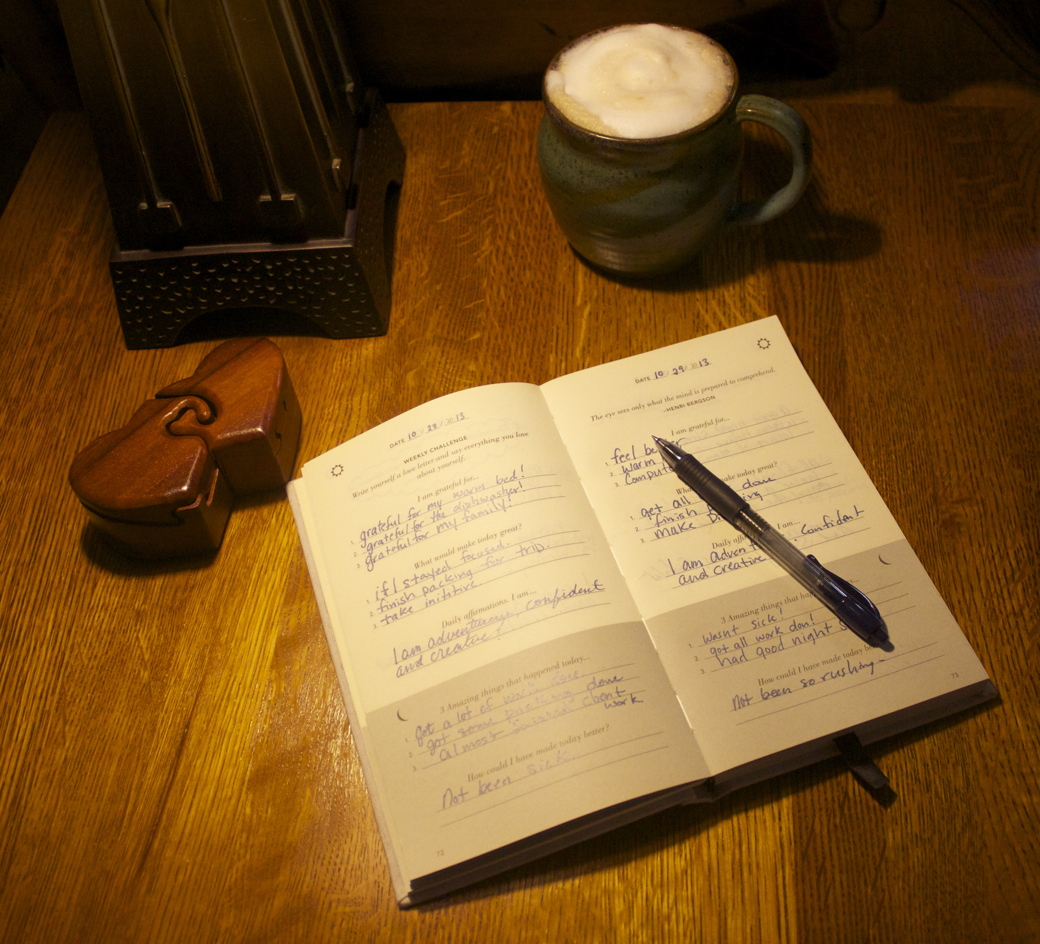REVIEW The Five Minute Journal, journaling, journal, best journals, how to journal, gratitude, abundance, UJ Ramdas, Alex Ikonn, 5 Minute Journal, Best Boomers and Beyond, Baby Boomers,